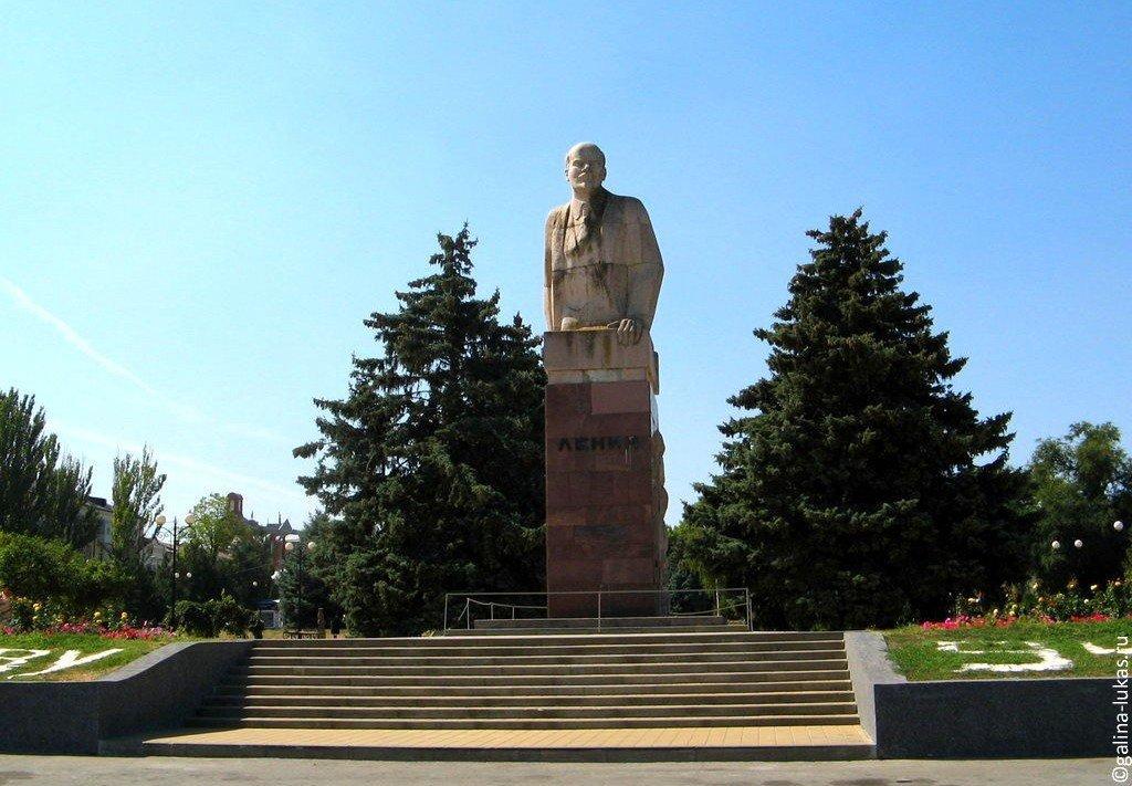 Лампадка из габбро-диабаза резная Михайлов